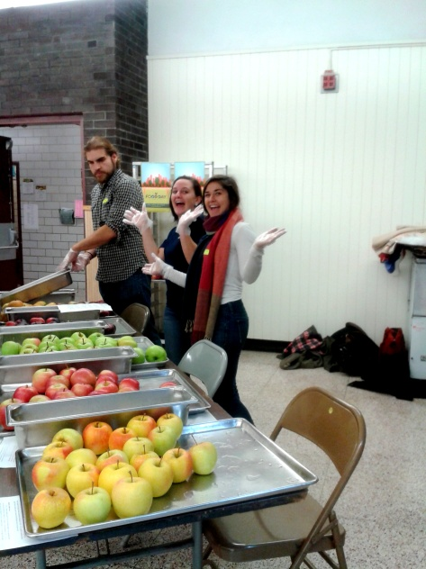 Stockbridge Students served UMass apples at the Amherst Middle School